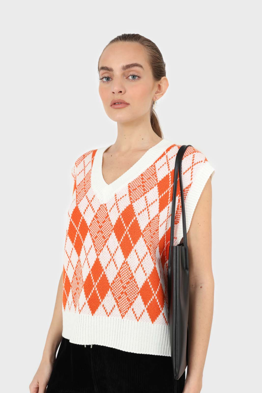 Ivory and orange bright argyle knit vest1sx