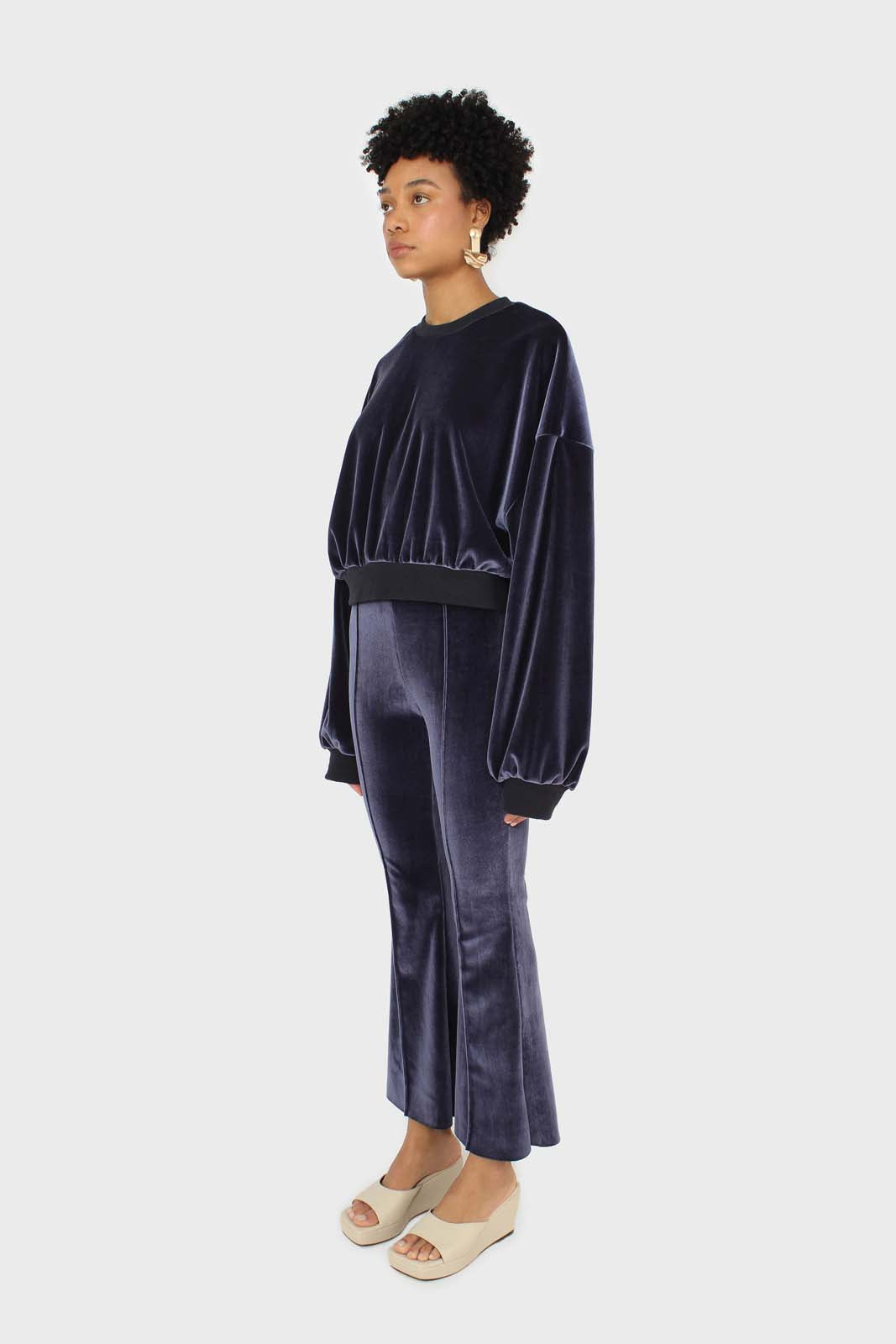 Navy smooth velvet pintuck bootcut trousers 2