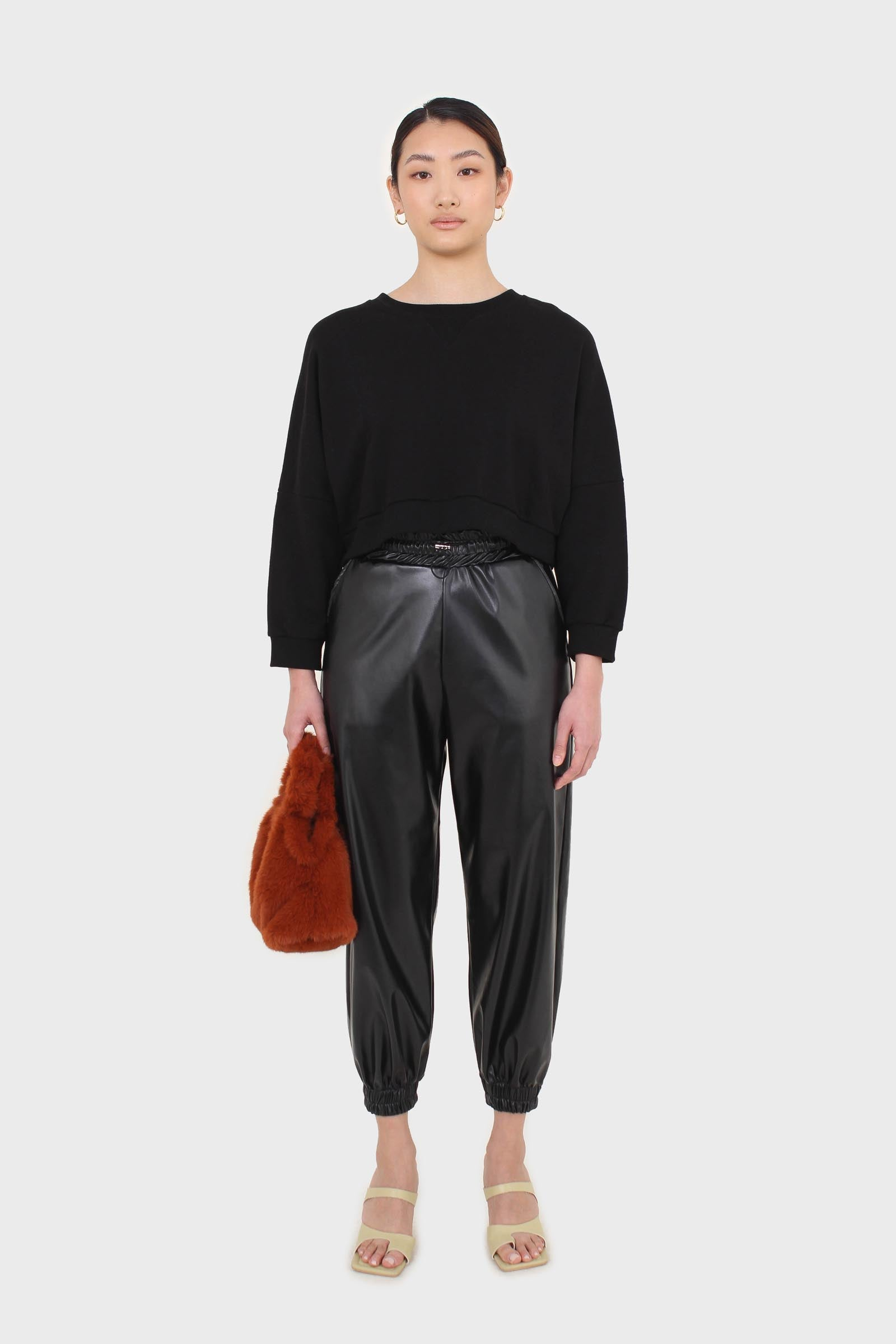 Black vegan leather jogging trousers2