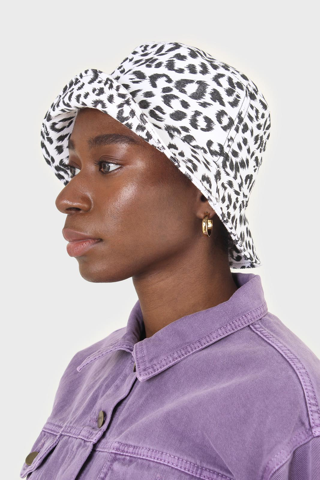 Ivory and black leopard print bucket hat2