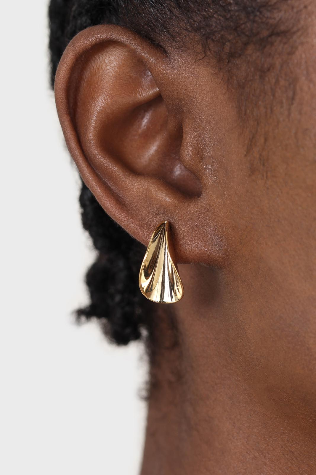 Gold pinched stud earrings3