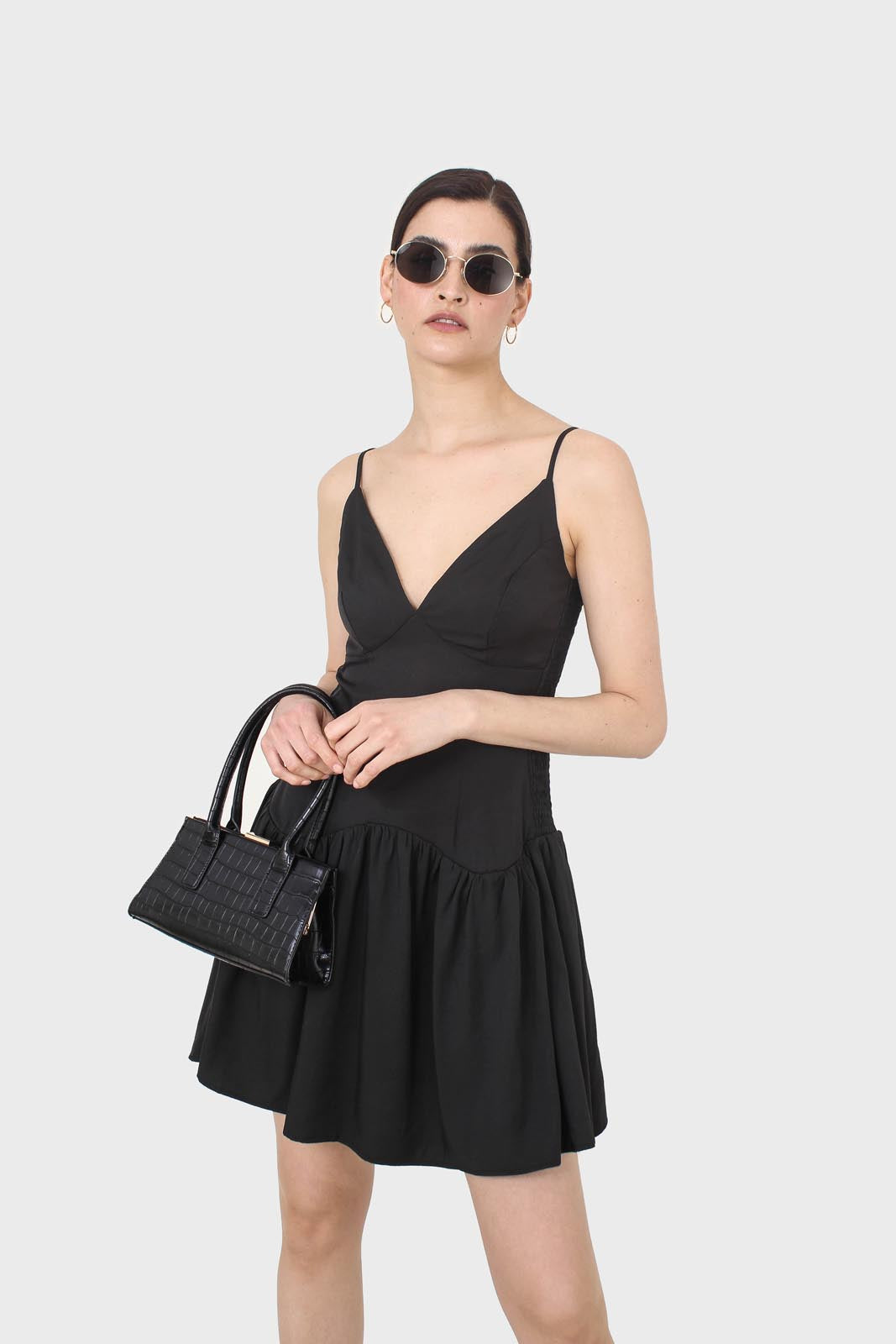 Black spaghetti strap tie back mini dress4