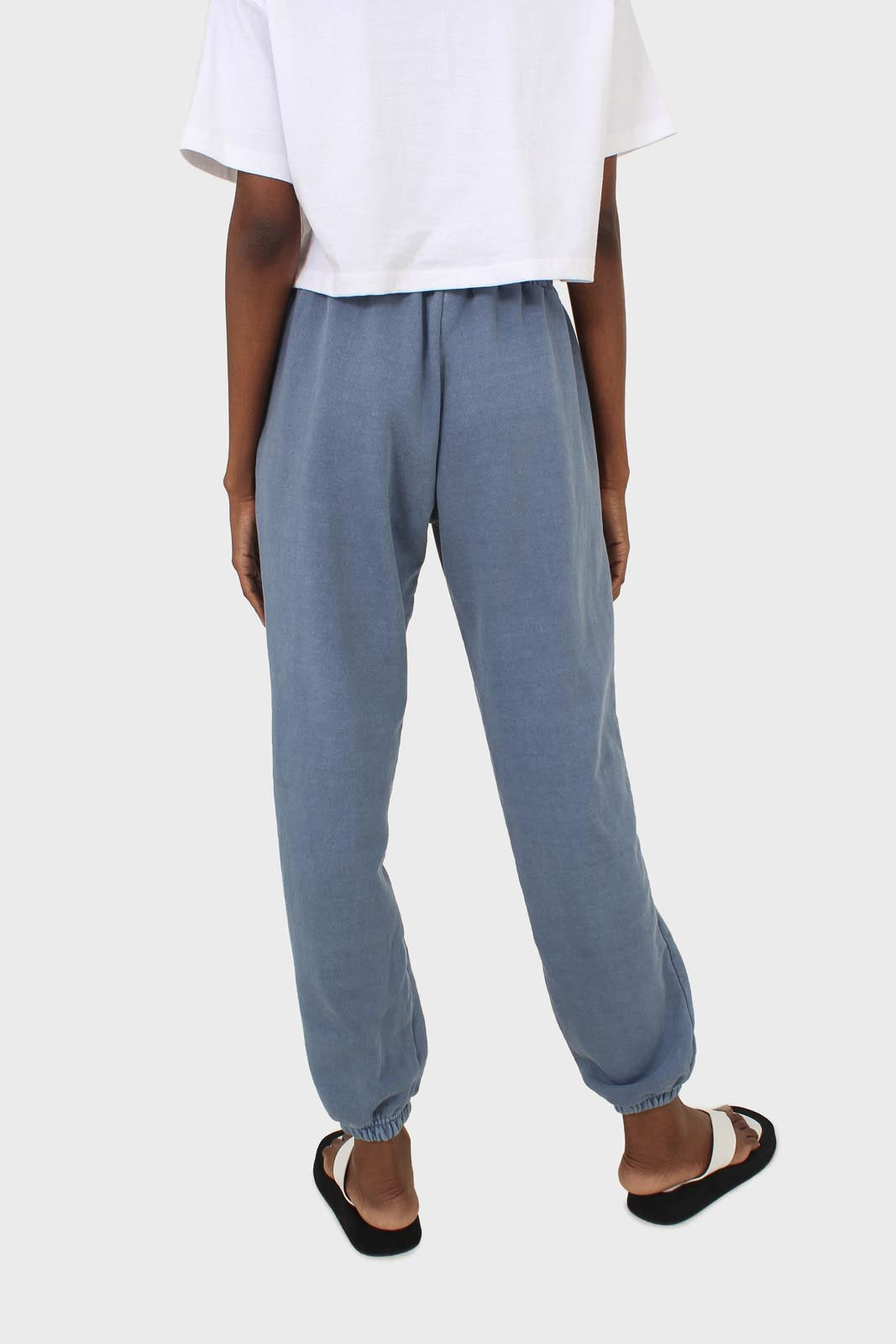 Dusty blue pigment sweatpants11
