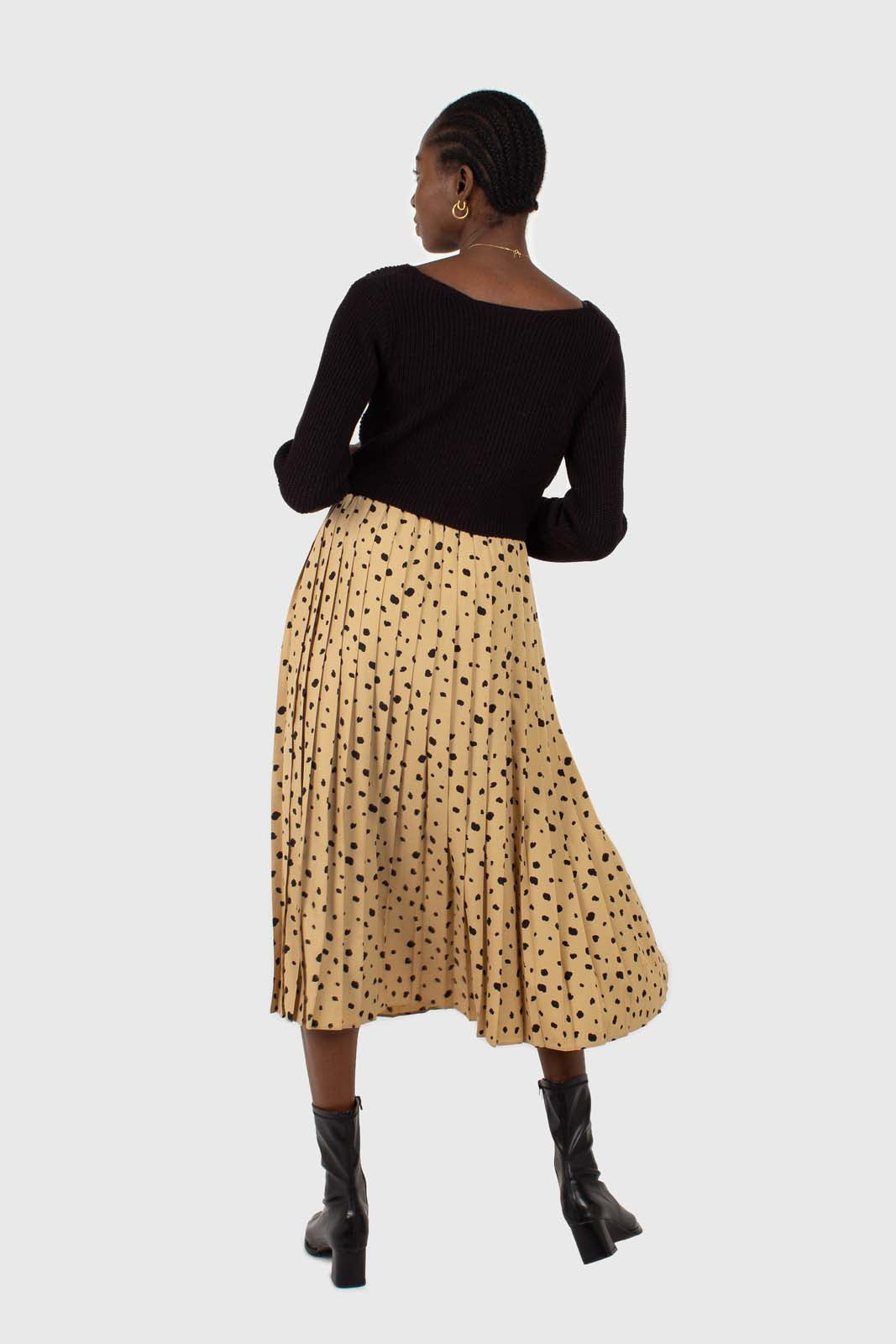Beige and black leopard print pleated midi skirt6