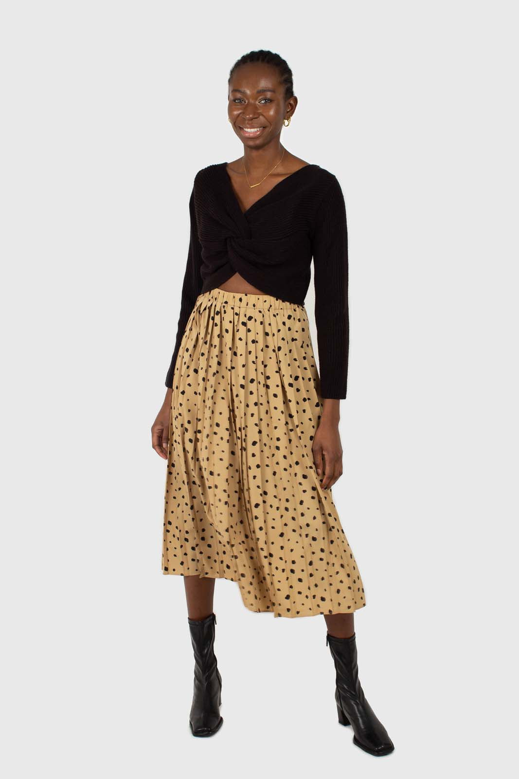 Beige and black leopard print pleated midi skirt7