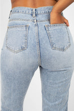 Load image into Gallery viewer, Light blue mom jeans 4