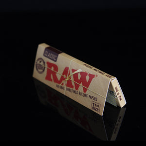 RAW 1 1/4 Rolling Papers - Flight Zone Brand: RAW  Material: Organic Hemp Paper Size: 1 1/4 Color: N/A Features:  Original RAW Rolling Papers Natural Unrefined Papers Classic 50 Papers Per Pack