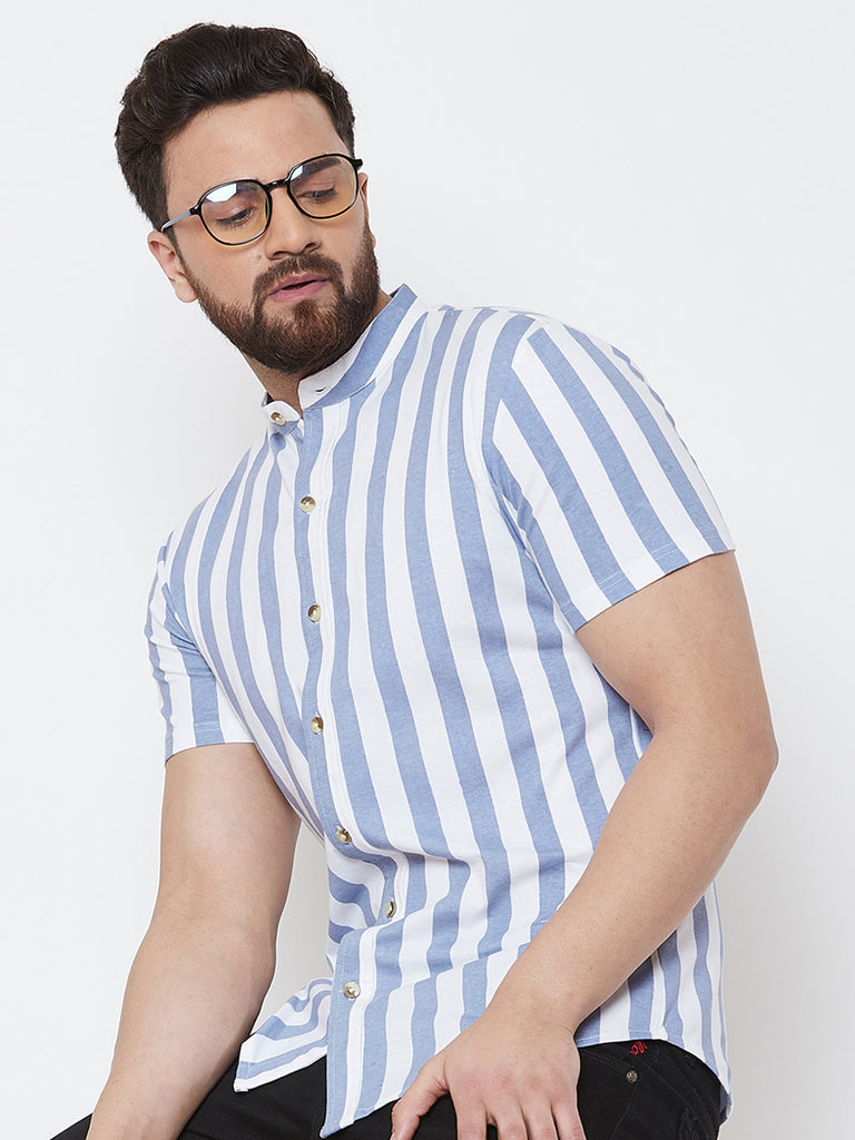 White/Blue Half Sleeve Striper Chinese Collar Knitted Shirt