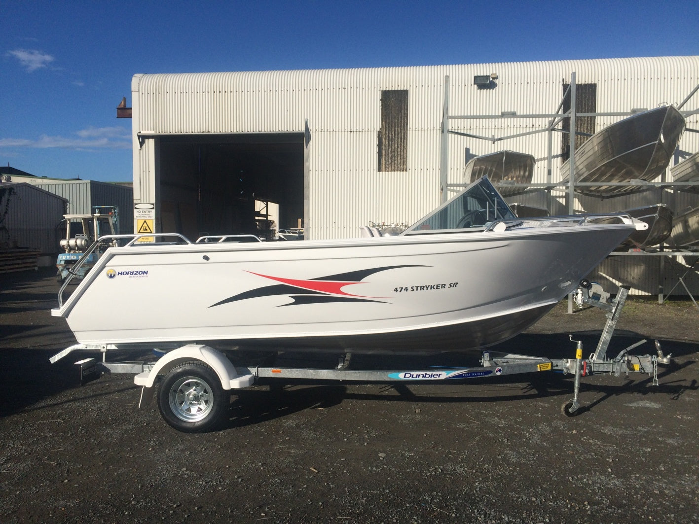 Horizon 474 Stryker SR Runabout - waves-overseas