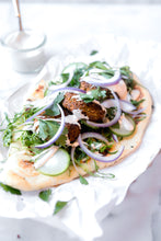 Load image into Gallery viewer, Falafel, Naan and Tahini Sauce