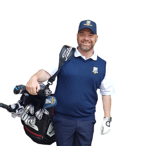 john murray carrying his clubs