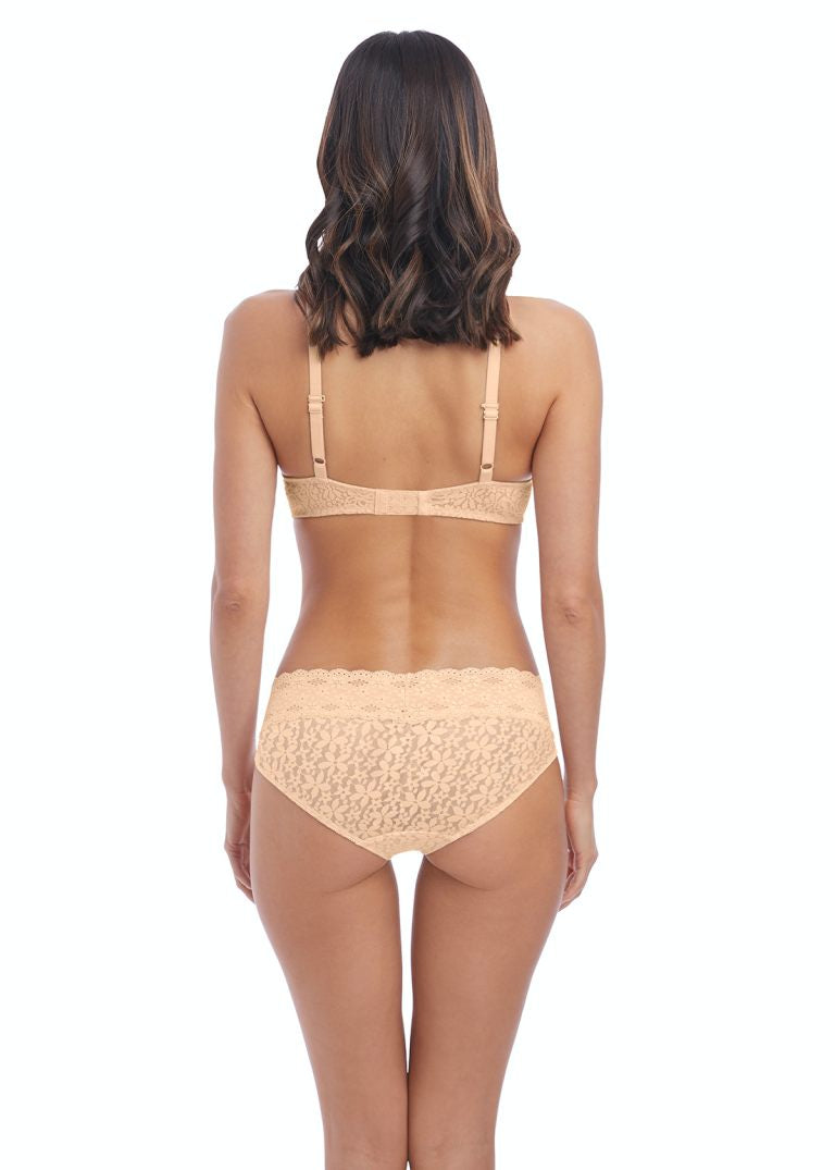 Wacoal Halo Lace Underwire Moulded Bra - Nude