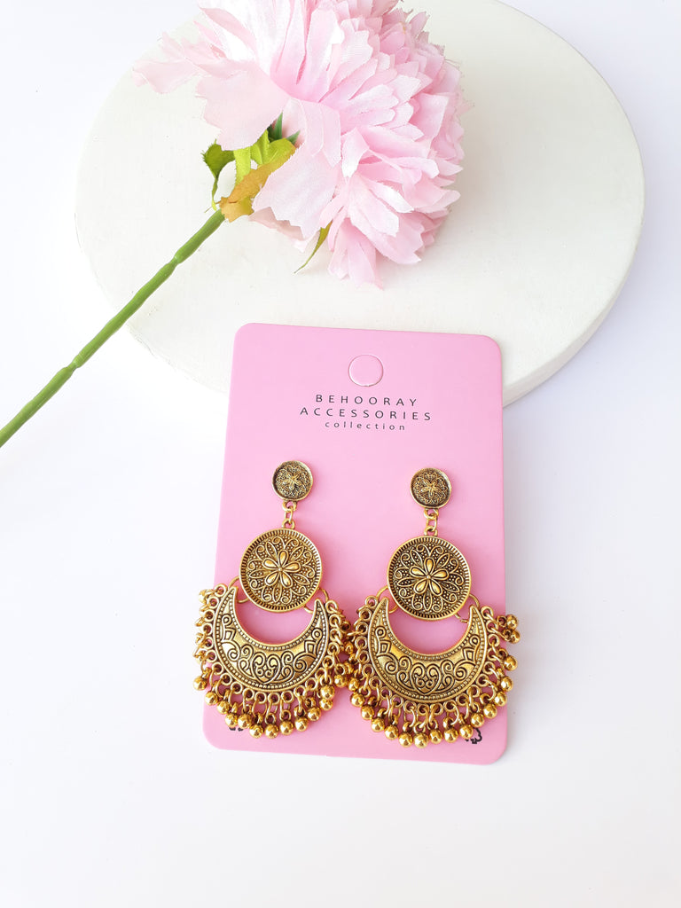 Mann Moojji Earrings In Antique Gold