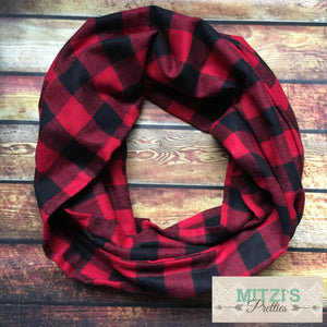 SHIPS TODAY Double Loop Infinity Scarf in Buffalo Plaid