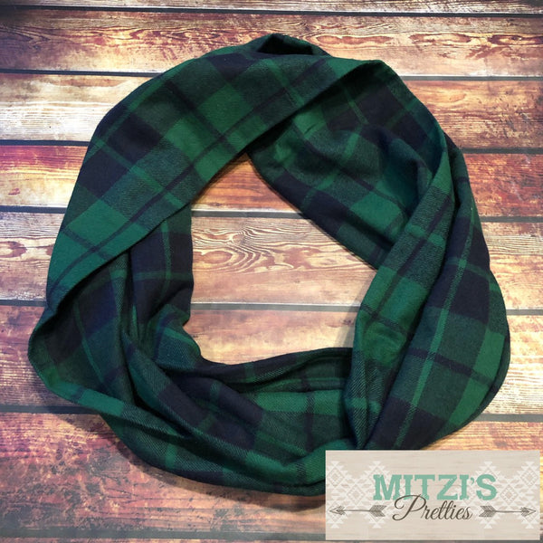SHIPS TODAY Double Loop Infinity Scarf in Green Flannel Plaid