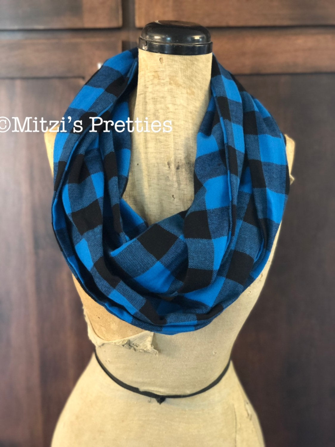 SHIPS TODAY Double Loop Infinity Scarf in Blue Buffalo Plaid