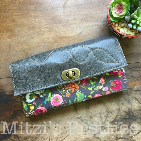 MADE TO ORDER Mom Wallet w/ Zipper Pocket, 12 Card Slots & Genuine Leather Flap