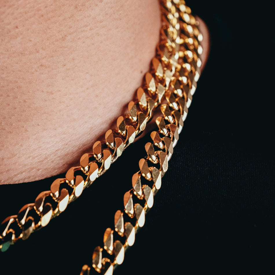 10mm Gold Curb Link Chain