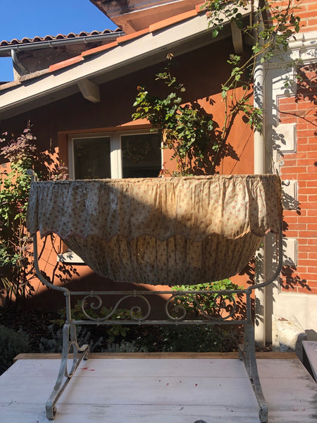 Fa2678 french antique bassinet