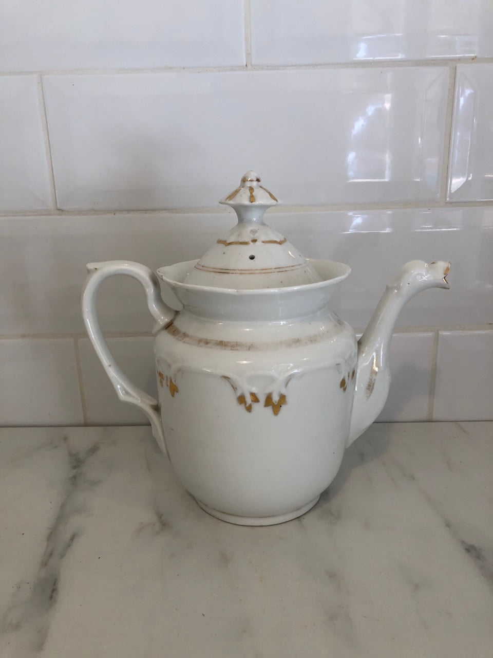 fa2686 Porcelain French Teapot with gold detail