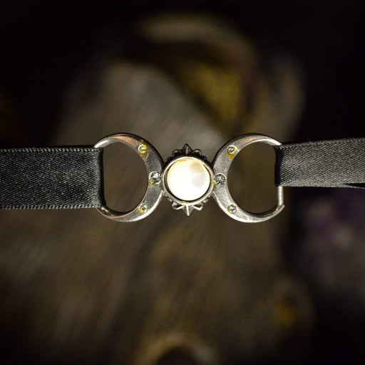 Triple Goddess Choker By Alchemy - GOLDENHANDS