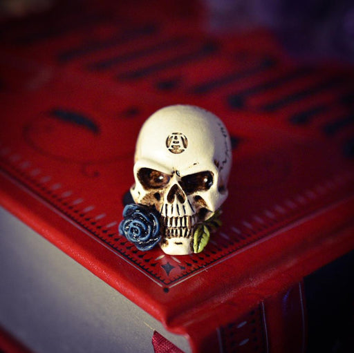Miniature Alchemist Skull By Alchemy - GOLDENHANDS