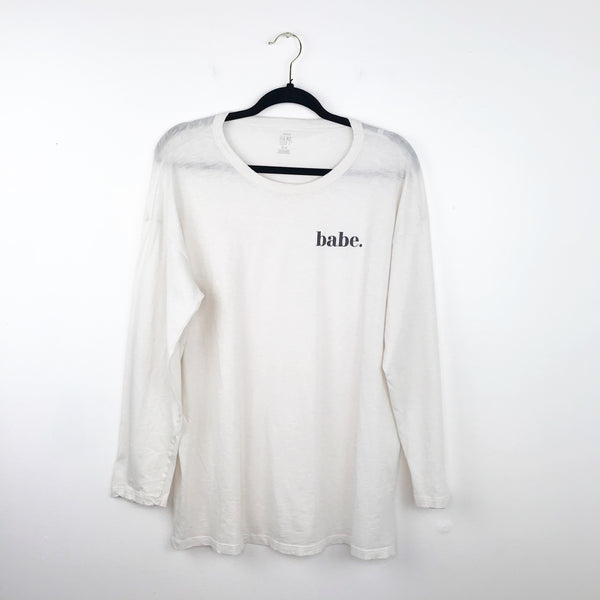 "Aerie ""babe"" graphic long sleeve top, medium"
