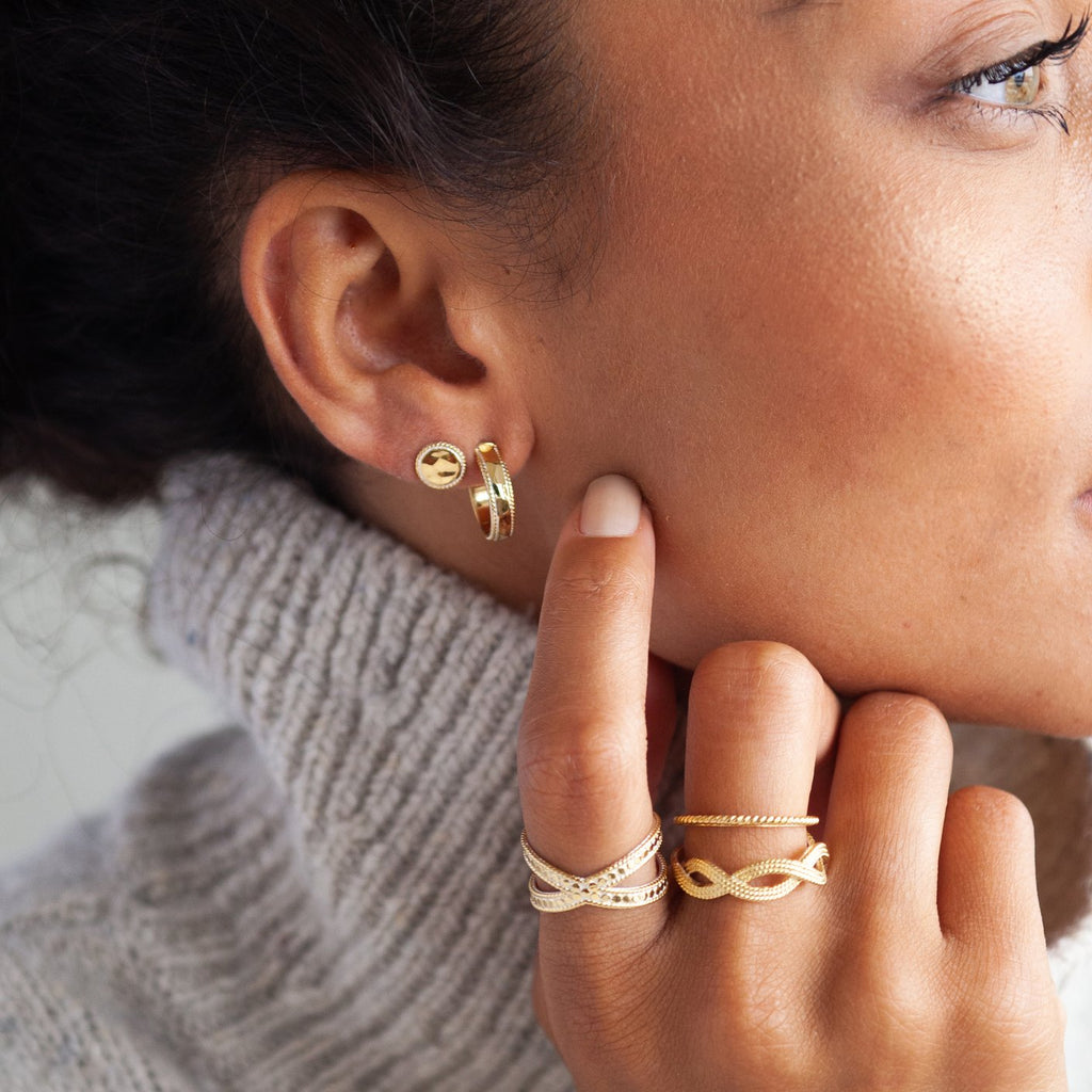 Small Hammered Hoop Earrings - Gold