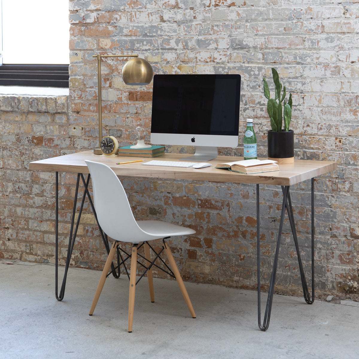 Dakota Timber Co Computer Desk With Hairpin Legs | Wood Desk | Made in USA | Sustainable Furniture Brands