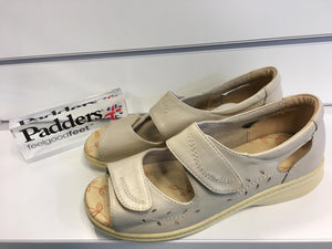 SALE - Padders Wave - Oyster - UK 4