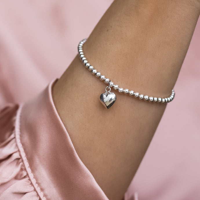 Adorable 925 Sterling silver romantic elastic/stretch ball bracelet with Heart charm