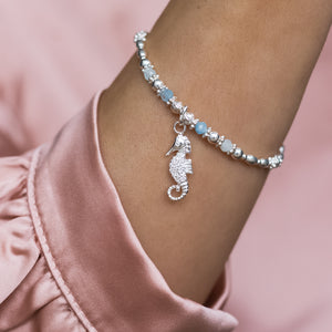 Summer 925 sterling silver elastic/stretch bracelet with Seahorse charm and Aquamarine gemstone