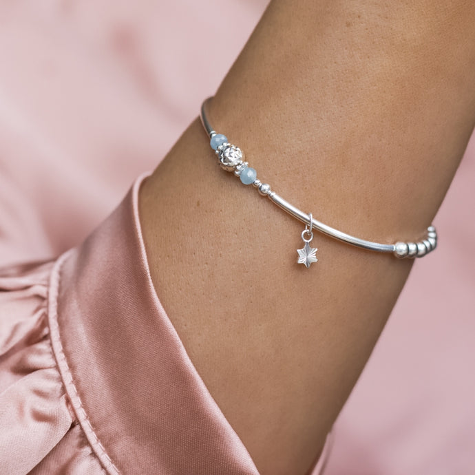Fashionable little Star 925 sterling silver stretch/elastic stacking bracelet with Aquamarine gemstone