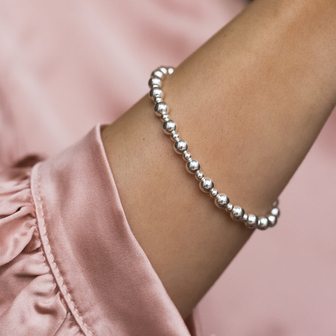 Fashionable 925 sterling silver pearls elastic/stretch bracelet