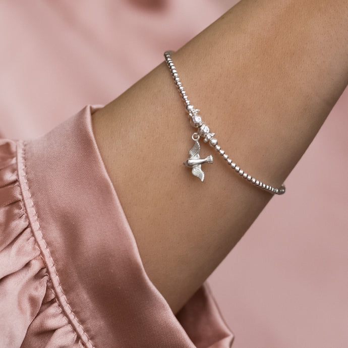 Adorable minimalist 925 sterling silver bracelet with Swallow charm