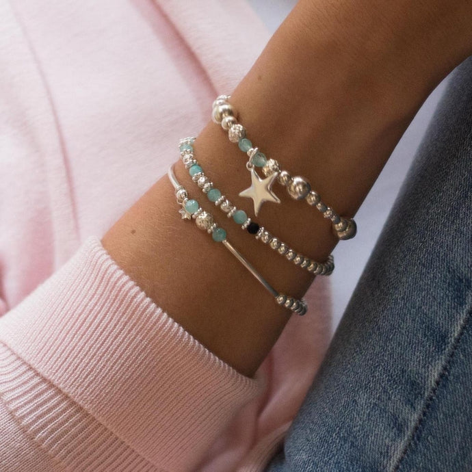 Fashionable Star 925 sterling silver stretch/elastic stack with Aquamarine gemstone