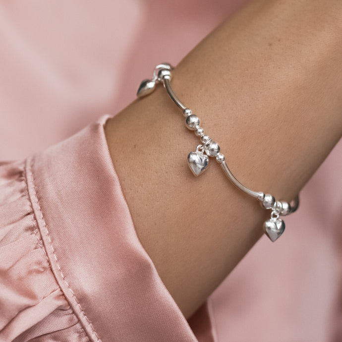 Romantic 925 sterling silver elastic/stretch stacking bracelet with Heart charms