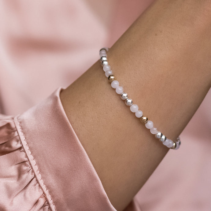 Elegantly romantic 925 sterling silver bracelet with Rose Quartz gemstone