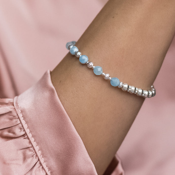 Luxury sparkling 925 sterling silver bracelet with 100% natural Aquamarine gemstone
