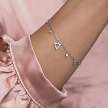 Load image into Gallery viewer, Elegant 925 sterling silver Triangle bracelet with Cubic Zirconia charms