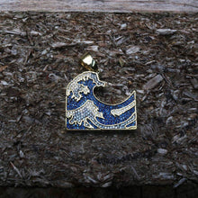 Load image into Gallery viewer, Iced Kanagawa Pendent