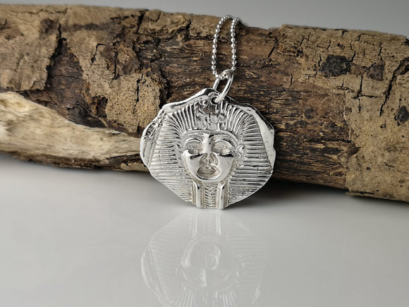 The Pharaoh Pendant