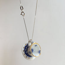 Load image into Gallery viewer, Tea cup pendant