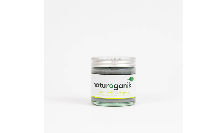 Natural plastic free toothpaste with coconut oil