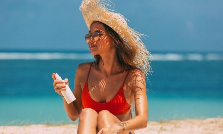 What is sunscreen and how does it work