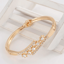 Load image into Gallery viewer, Beautiful Women Accessory With Shinning Synthetic Rhinestone