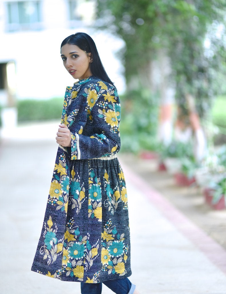 Medium, Amala Black Kantha Jacket with Vintage Floral Contrast Print - kinchecom