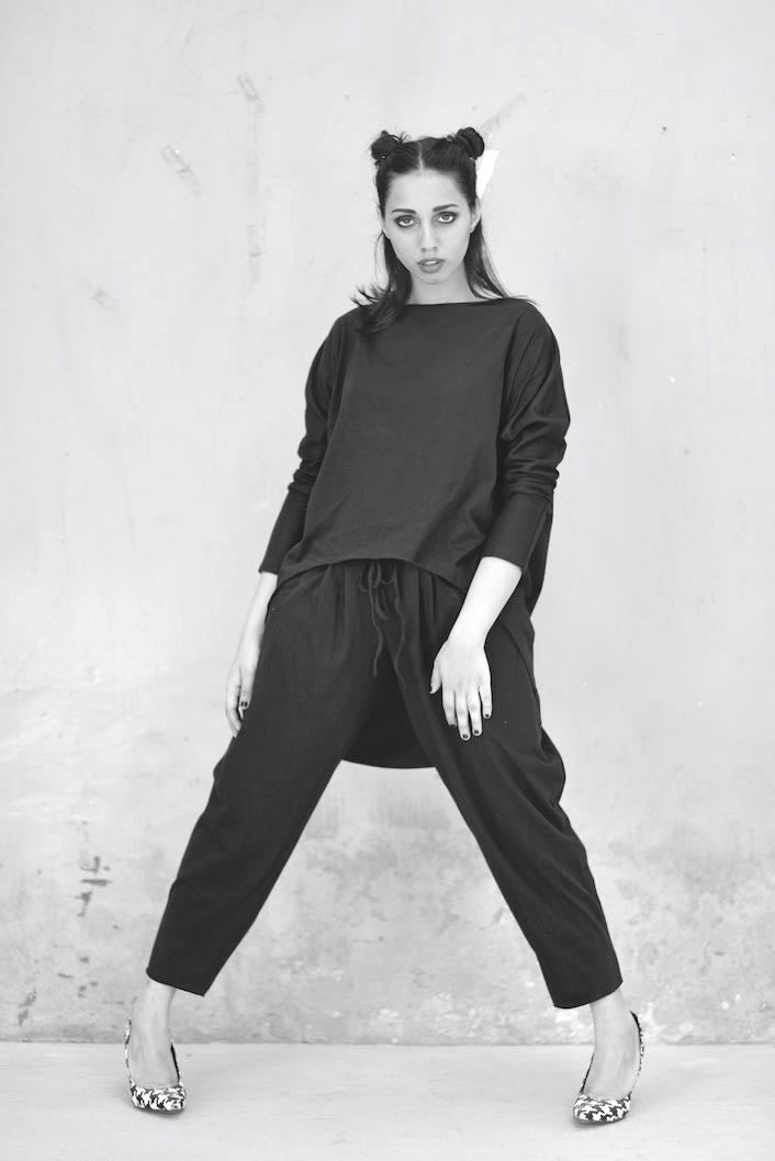 Eris, High Low Blouse with Loose Fitted Slouchy Pants in Black - shopkaito