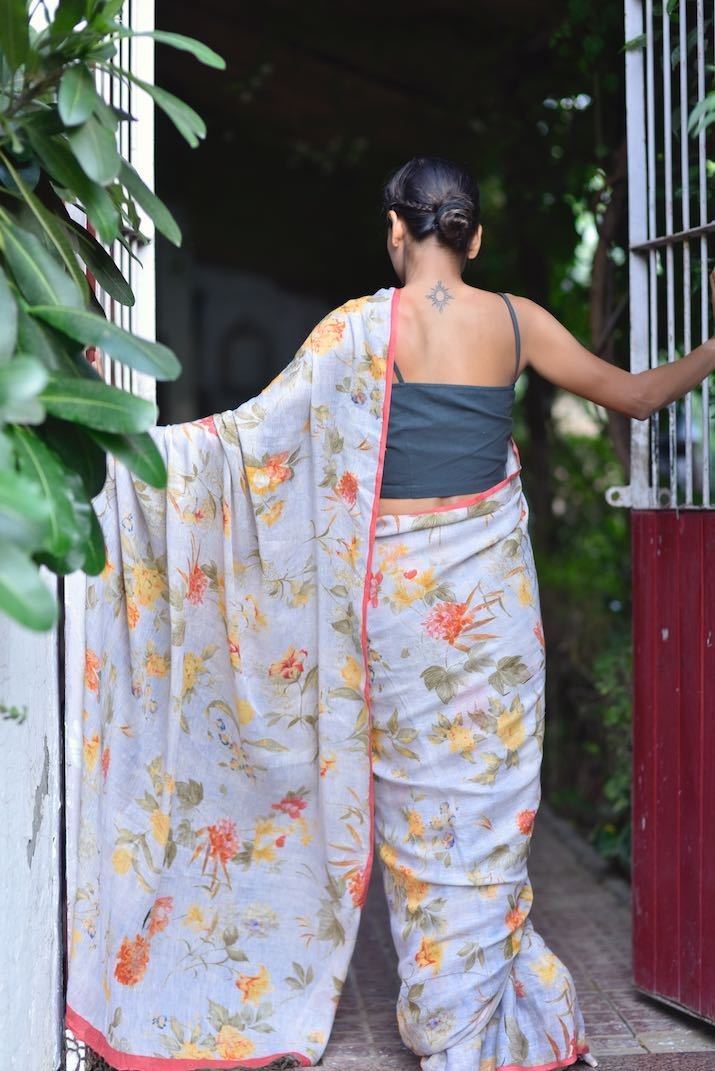 Paje, Organic Linen Saree in a Beautiful Lilac Base and a Contrast print - kinchecom