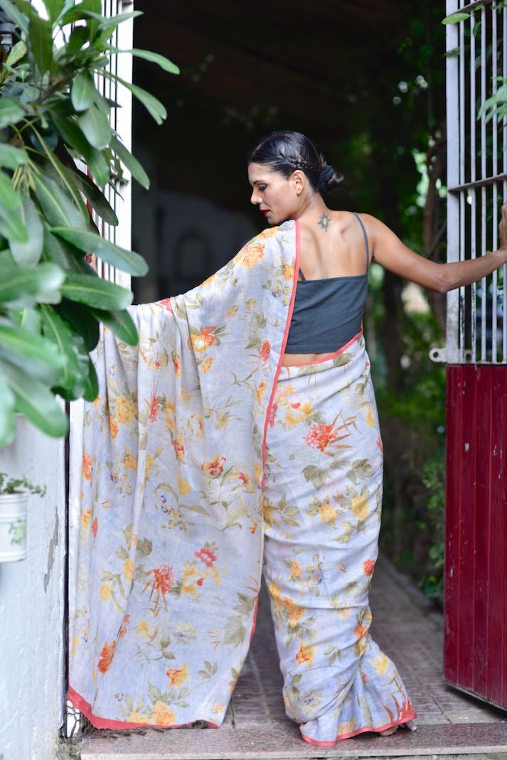 Paje, Organic Linen Saree in a Beautiful Lilac Base and a Contrast print - shopkaito